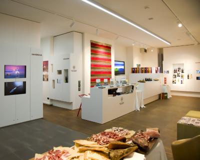 Evento inaugurale del Sardegna Store di Berlino organizzato dalla Eikon di Nuoro